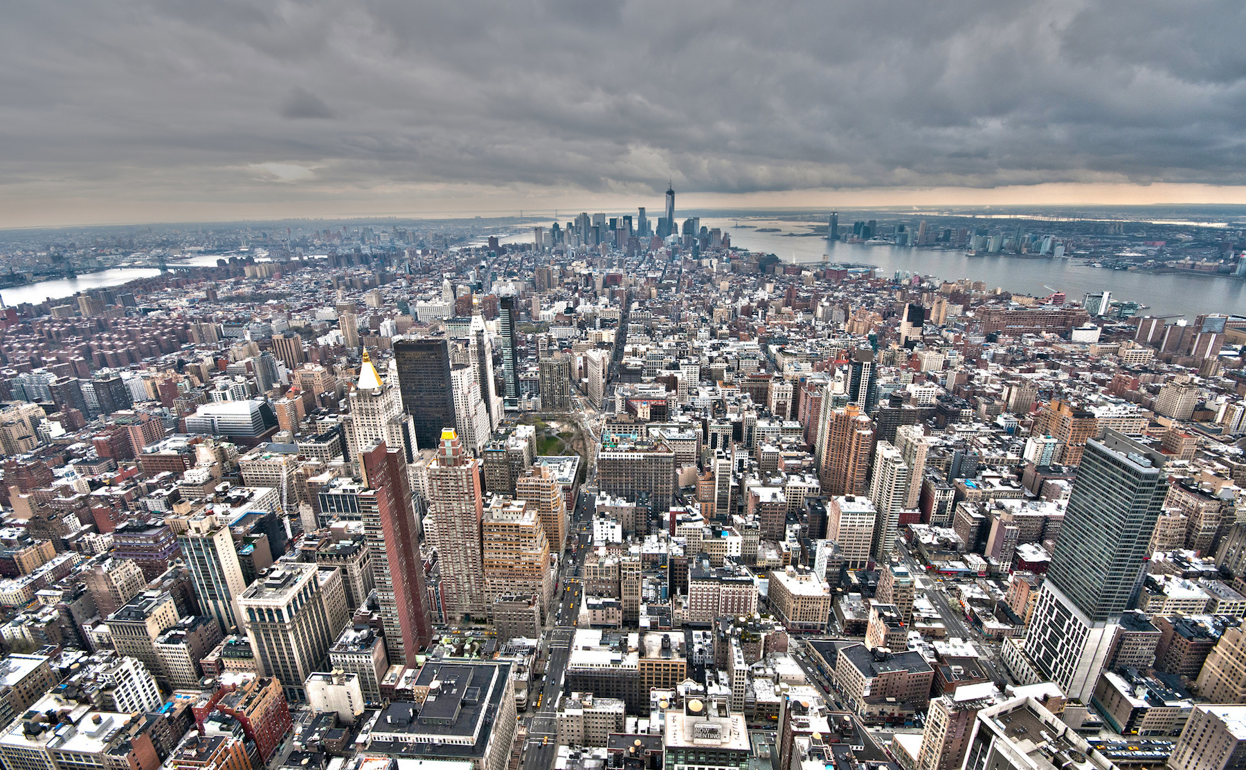 Manhattan (credit: flickr/luvi)