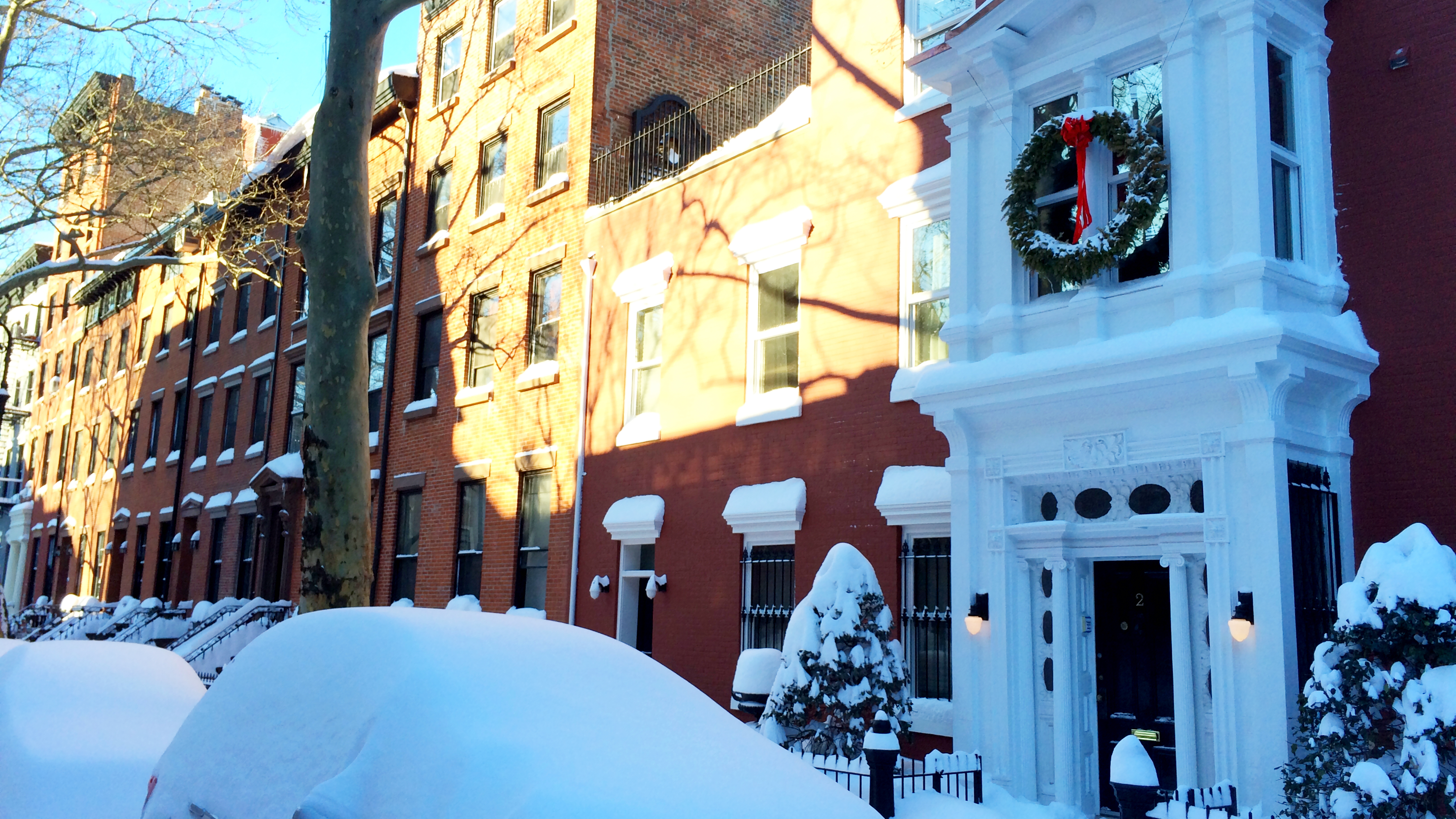 After the snowstorm: Sydney Place in Brooklyn Heights, NY