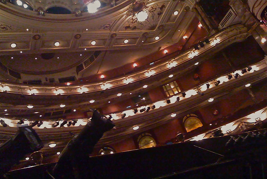 The London Coliseum as seen from the pit (photo: flickr/sshingler)