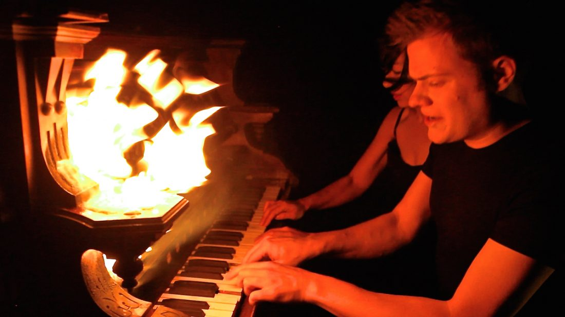 Anderson and Roe Piano Duo, YouTube stars (video still)