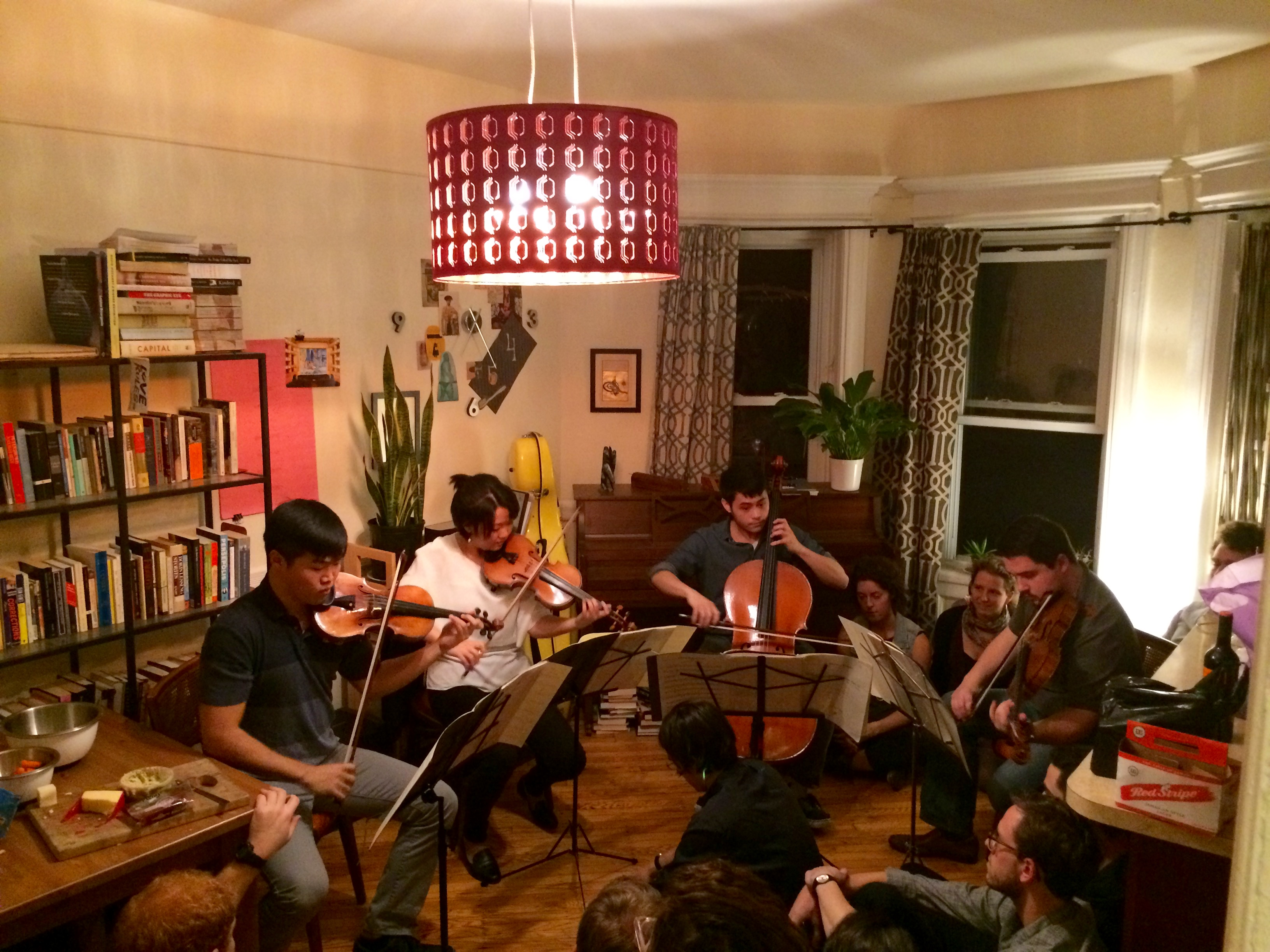 A Groupmuse performance in Brooklyn (Brian Wise)